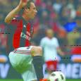 Antonio Cassano werd afgelopen weekend met spoed naar het ziekenhuis gebracht. De spits van AC Milan had last van verlammingsverschijnselen en voelde zich niet lekker. Inmiddels meldt het Italiaanse persbureau […]