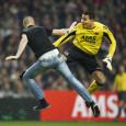 Het zal niemand zijn ontgaan. Tijdens de bekerwedstrijd tussen Ajax en AZ kwam er een dwaas het veld opgerend met de intentie om AZ-doelman Esteban een rotschop te verkopen. Het […]