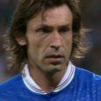 Een bloedeloze 0-0, daar was ik voorafgaand aan het klassieke affiche Engeland – Italië bang voor. De Italianen zijn berucht om hun catenaccio-voetbal en de Engelsen zijn het aan het […]