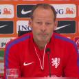 Door smadelijke nederlagen tegen IJsland (0-1) en Turkije (3-0) dreigt Nederland voor het eerst sinds 1984 een EK te missen. De onervaren bondscoach Danny Blind ligt nu al onder vuur […]