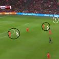 'Danny Blind mag blijven, omdat we op dit moment aan het bouwen zijn.' Met deze woorden opende KNVB-directeur Bert van Oostveen na de smadelijke nederlaag tegen Tsjechië (2-3) zijn interview […]