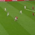 Soms kan één doelpunt het beeld van een toernooi bepalen. Voor België is dat op dit EK de beeldschone 2-0 van Axel Witsel tegen Ierland. Een treffer die doet denken […]